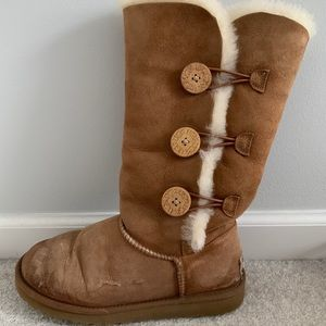 Bailey Button Triplet UGG boots